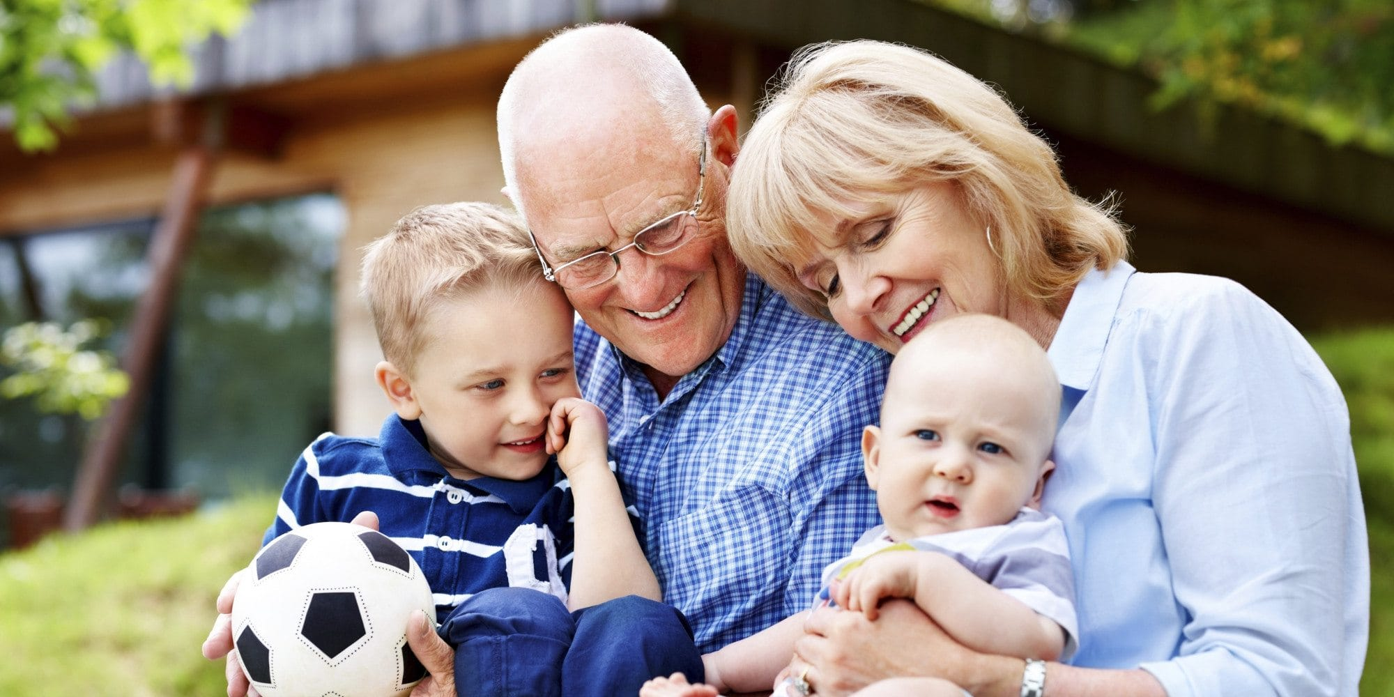child custody between grandparents The child's parents consent to grandparent custody the child has lived with a grandparent or grandparents for a year or more in all child custody cases, courts attempt to determine what custody arrangement is best for the child.